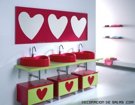 baños infantiles en rosa