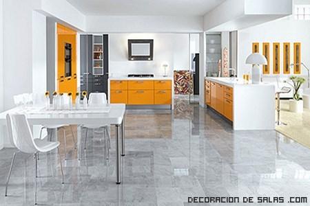 Cocinas con estilo en color naranja