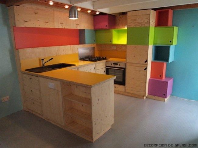 cocinas de madera y colores