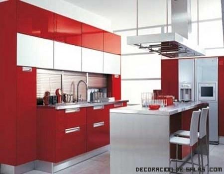 Cocinas elegantes en rojo y blanco