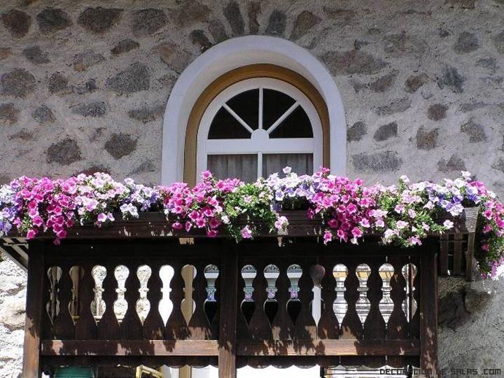 tipos de macetas para balcones