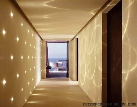 Decorar pasillos con luces