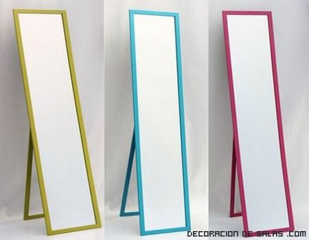 espejos con marcos de colores