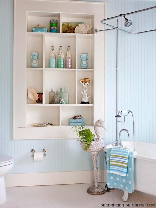estanterías asimétricas para baños modernos
