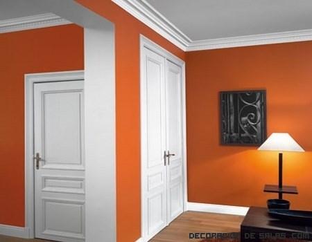 Las molduras en tu hogar decoraci n de salas Decoracion de paredes con molduras
