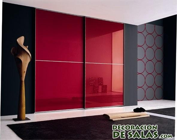 armario en color rojo