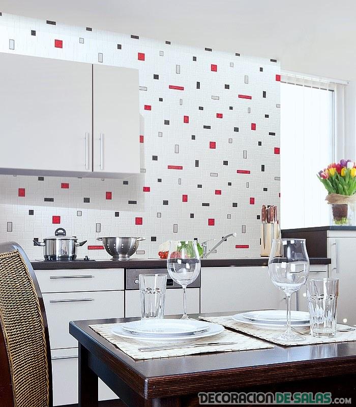 azulejos de cocina en blanco con dibujos