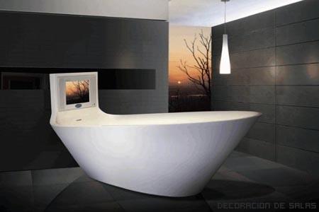 bañera con televisión