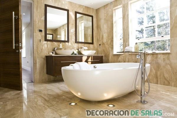 baño de mármol con glamour