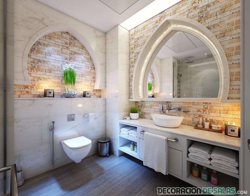 baño elegante con pared de piedra