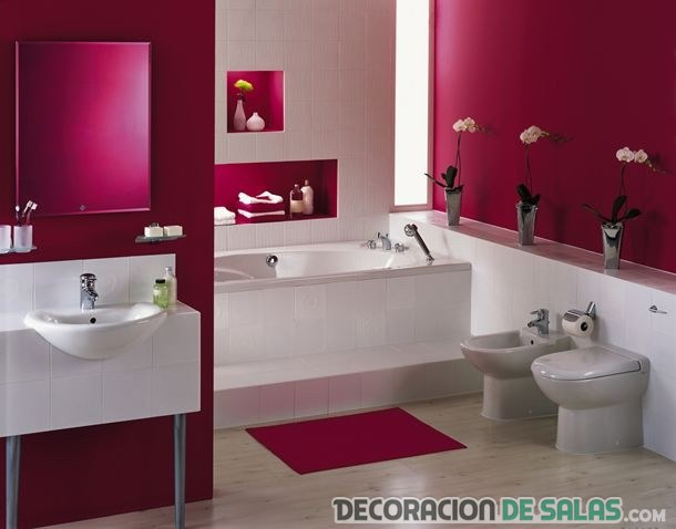baño juvenil en morado