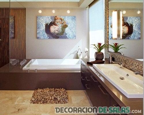 baño marrón moderno