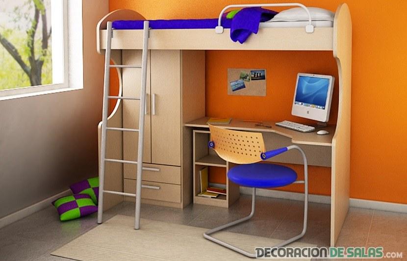 cama alta en habitación amplia