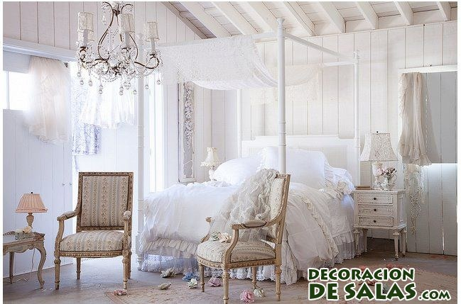 cama con dosel en color blanco