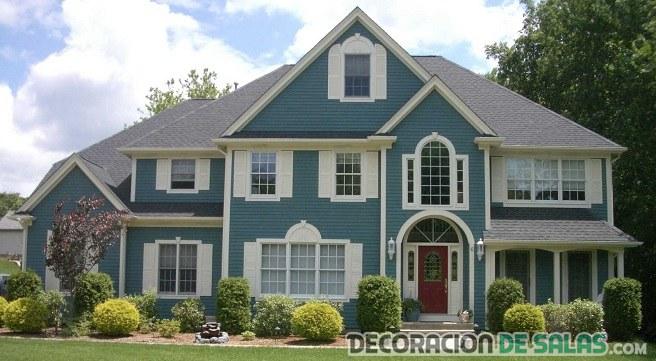 casa pintada de color azul