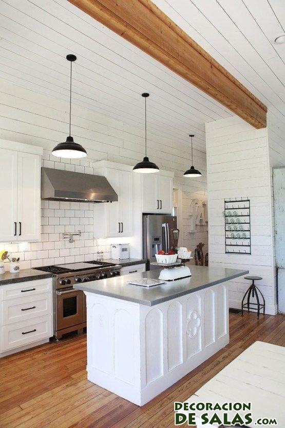 cocina blanca en madera