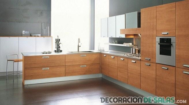 cocina elegante en marrón