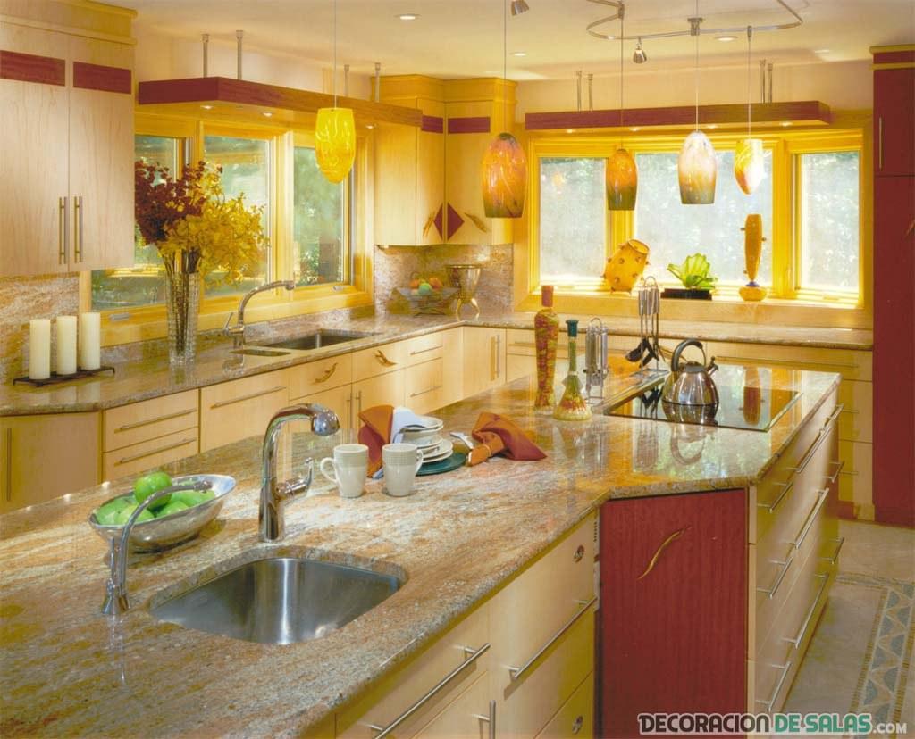 cocina en amarillo muy claro