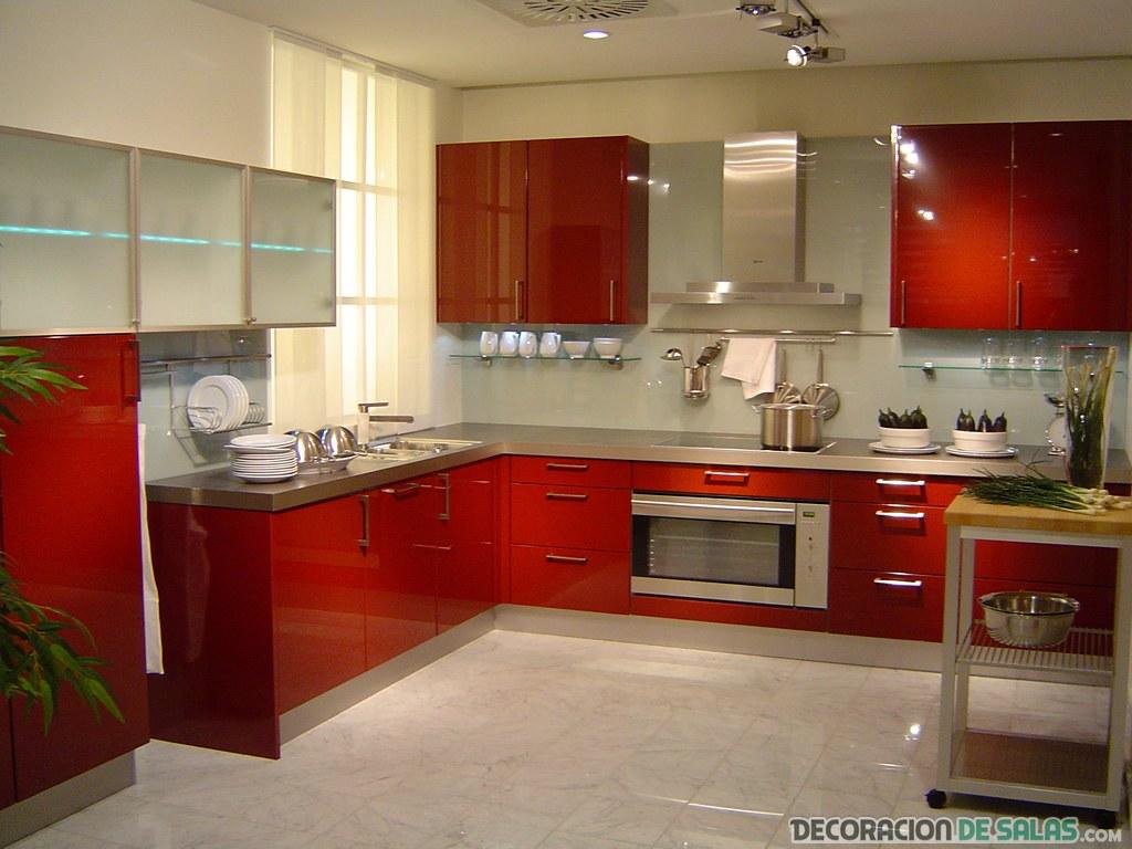 cocina en color rojo moderna