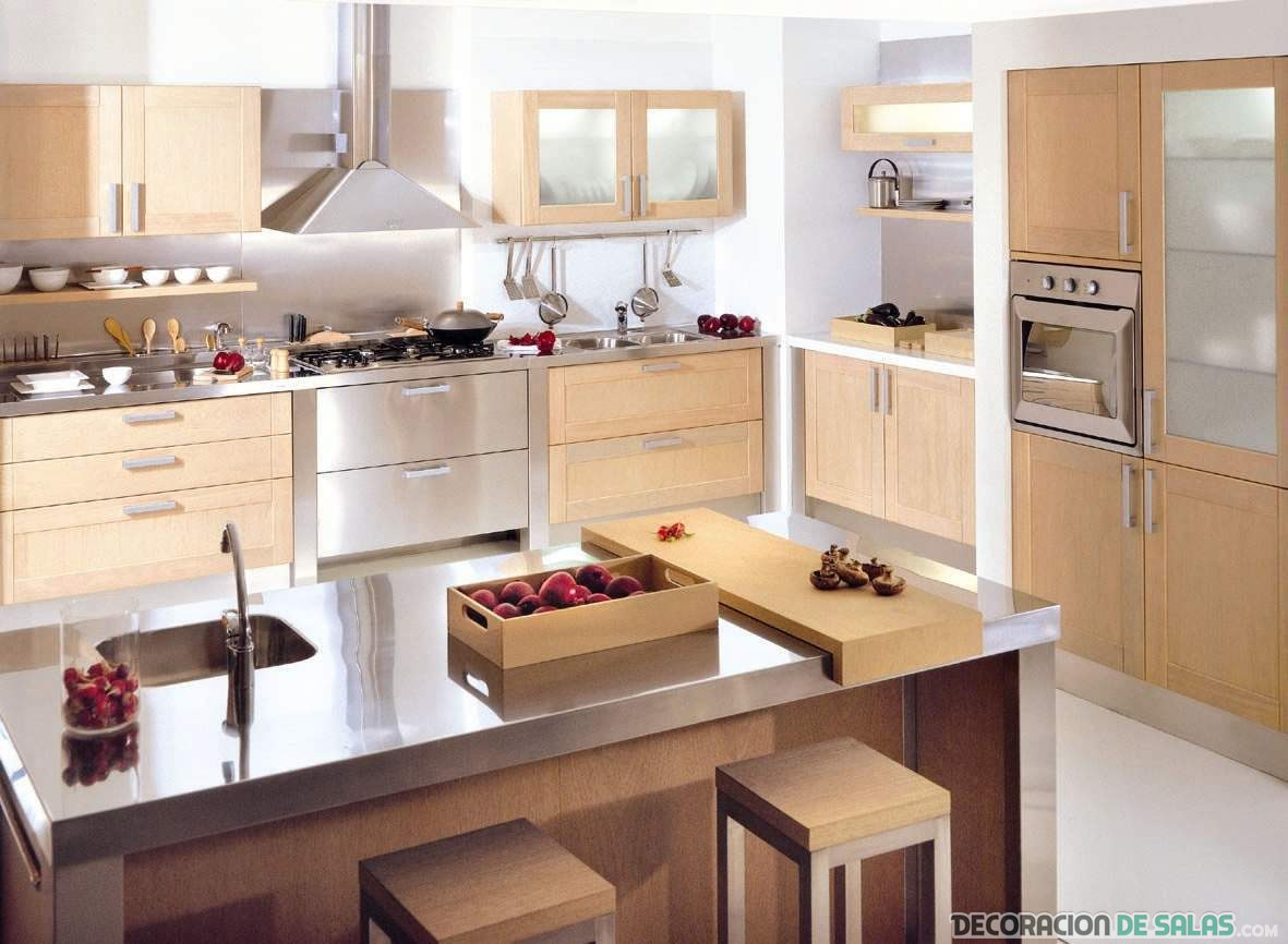 cocina en marrón claro