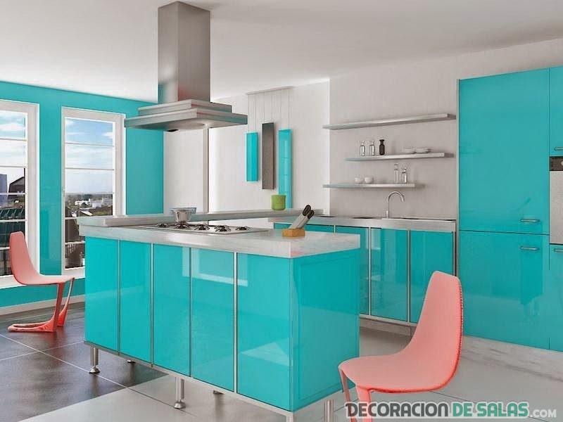 cocina llamativa en color turquesa