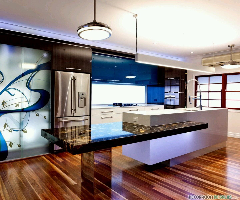 cocina moderna con diseño y adornos
