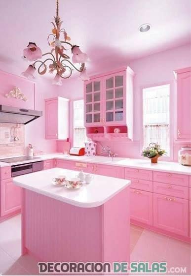 cocina pequeña en color rosa