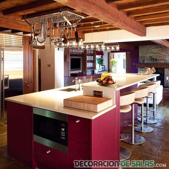 cocinas en violeta