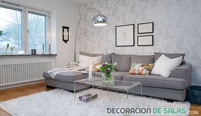 combinar el sofá en gris