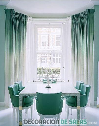 comedor con cortinas degradadas