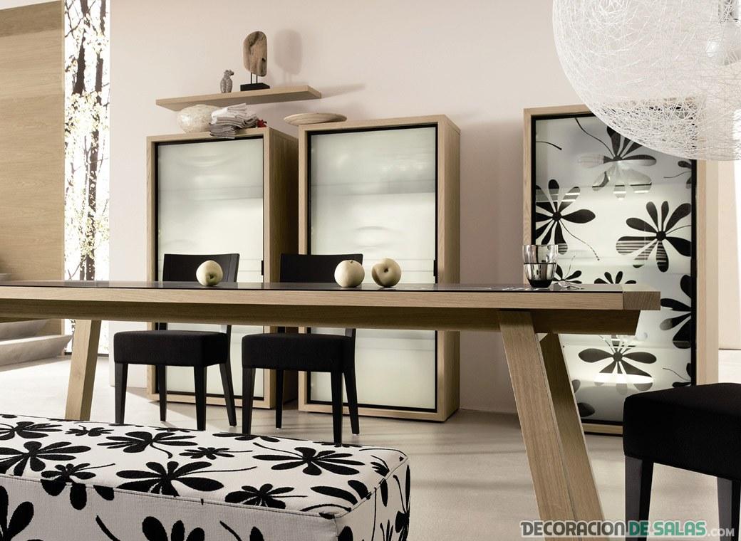 comedor de diseño con mesa de madera