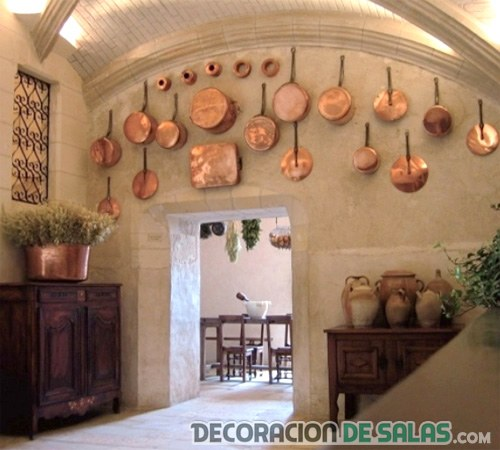 decoración de paredes con cobre