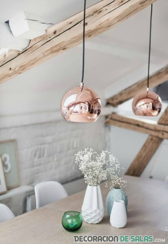 decorar con lámparas de cobre