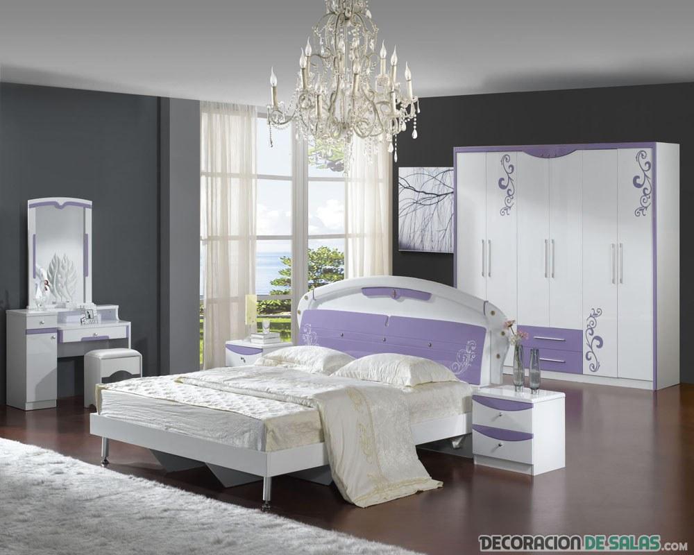 dormitorio combinado en blanco y malva elegante