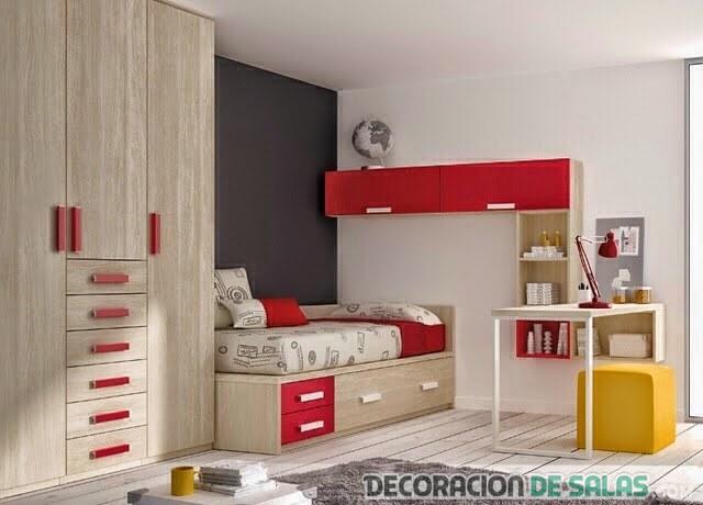dormitorio de madera rojo y amarillo