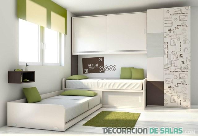 dormitorio dos camas sencillo y pequeño