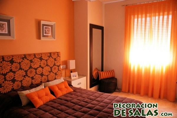 dormitorio flores naranjas