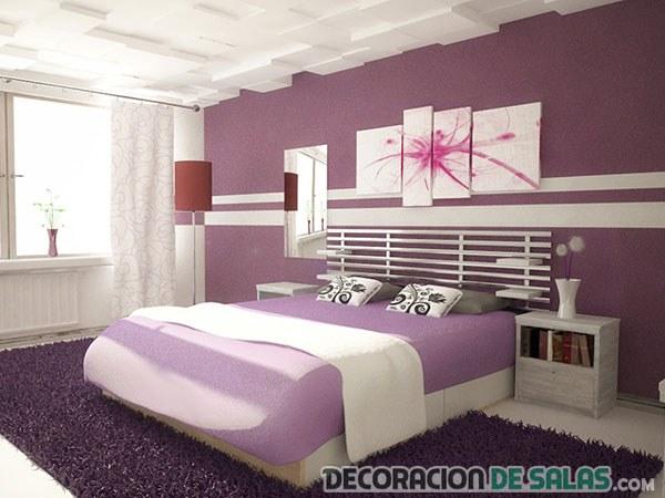 dormitorio principal con pared en lila