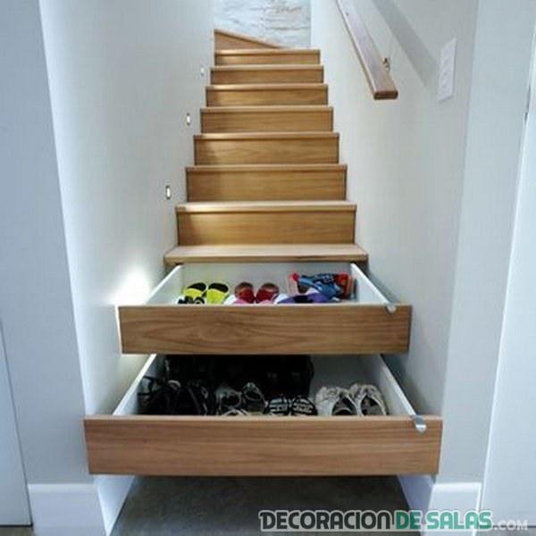 escaleras con almacenamiento para zapatos