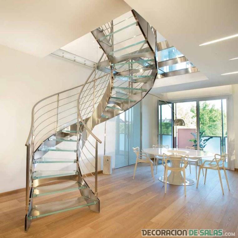 escaleras de cristal en espiral