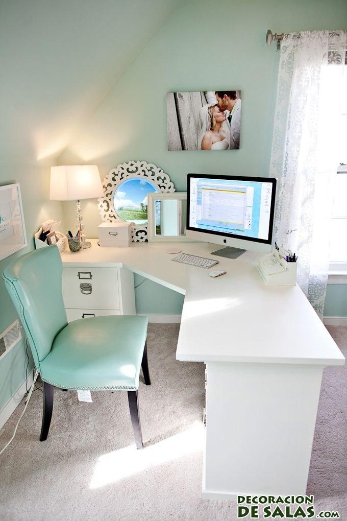 escritorio juvenil en blanco