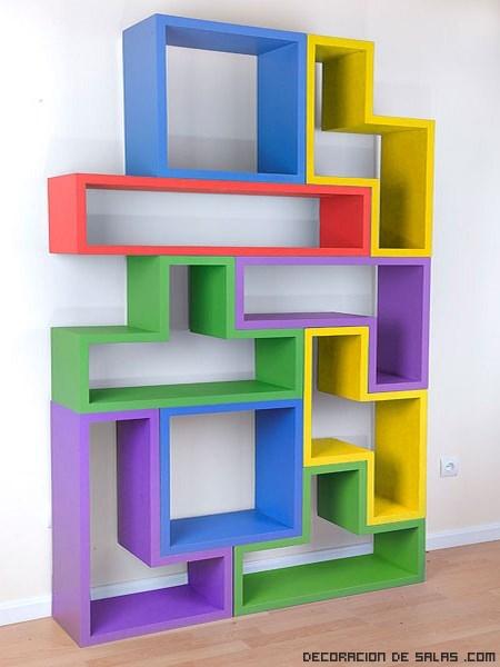 Estanterías de colores para niños