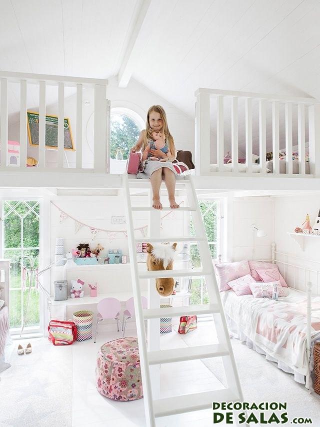 habitación amplia infantil en blanco