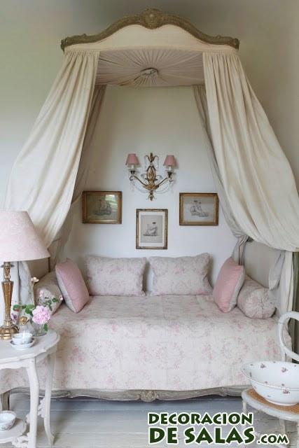 habitación juvenil pequeña para niña
