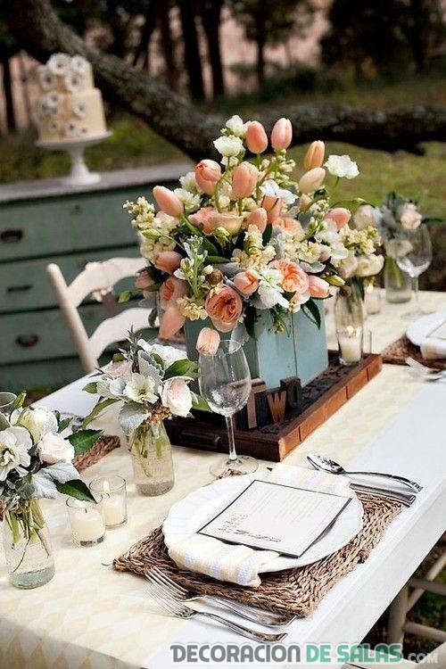 mesa con centros rústicos