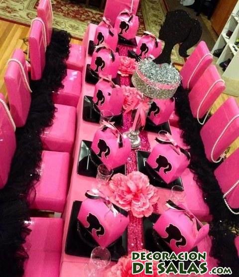 mesa decorada en rosa