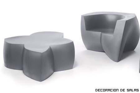 mesa y sofa plastico