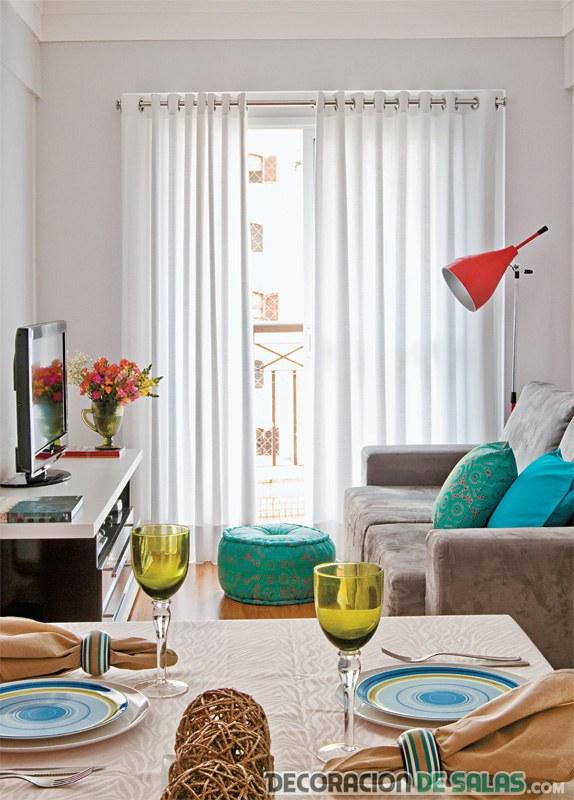 mini sala con colores turquesa