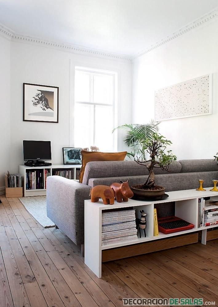 mueble aparador pequeño en blanco