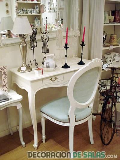 mueble auxiliar estudio decoración romántica